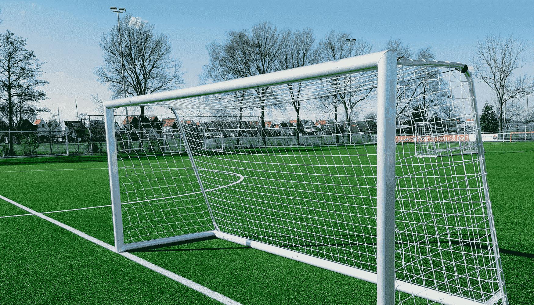 4 tips voor het onderhoud van verplaatsbare voetbaldoelen